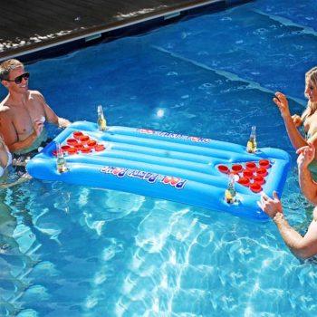 Matelas gonflable de Beer Pong insolite
