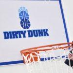 Panière à linge en forme de panier de basket Dirty Dunk