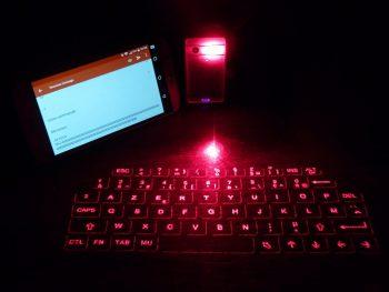 Clavier infrarouge insolite geek
