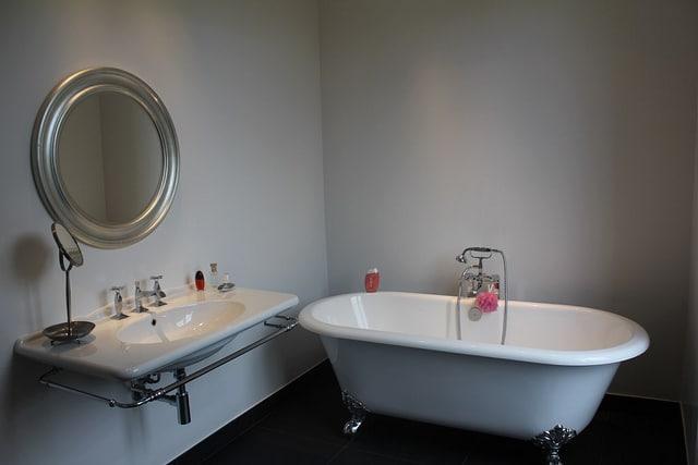 Salle de bain insolite Flickr CC EGLE11BIS