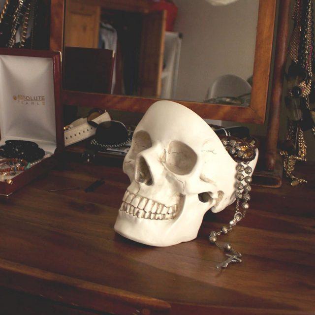 Vide-poche tête de mort insolite