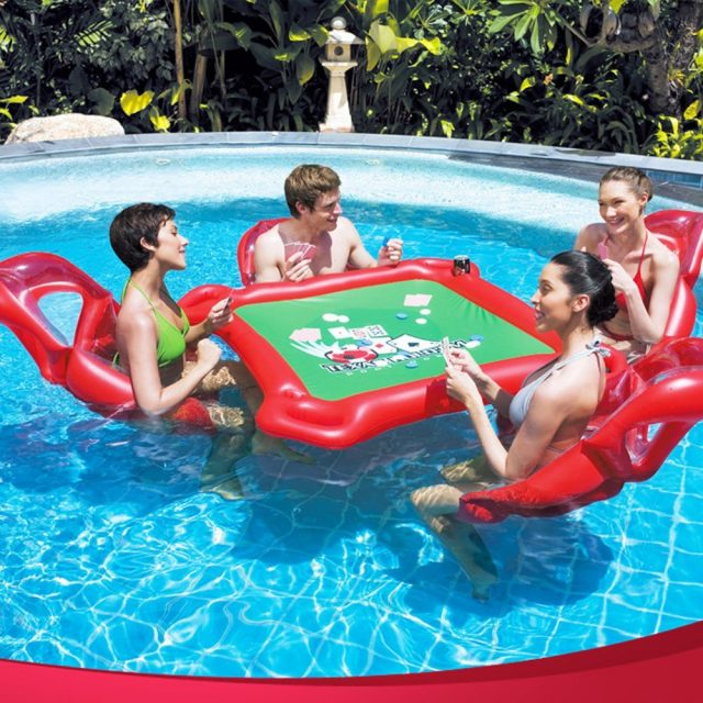 Table insolite de poker gonflable