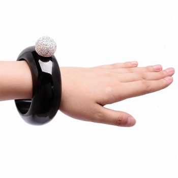 Bracelet flasque insolite