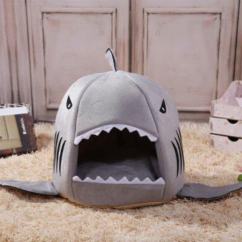 Niche requin pour animaux insolite