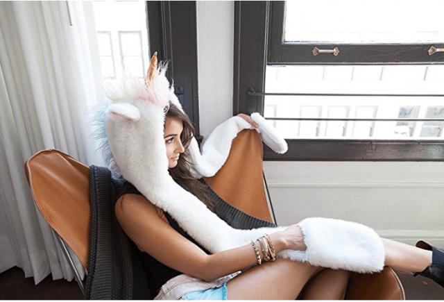Bonnet écharpe moufles licorne original