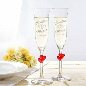 Flûtes à champagne personnalisées Saint Valentin insolite