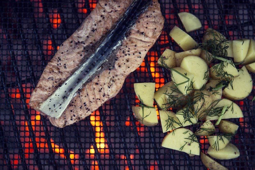 Tapis pour barbecue sagaform objet insolite mr etrange for Quelle viande pour un barbecue