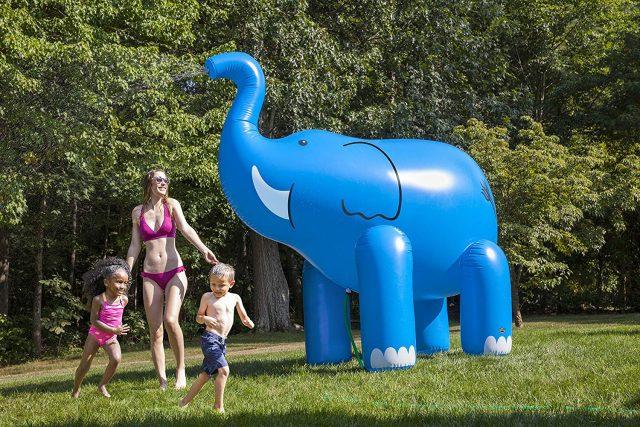 Arroseur de jardin éléphant insolite
