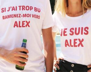 t-shirts personnalisés : Si j'ai trop bu ramnez-moi vers Alex - Je suis Alex